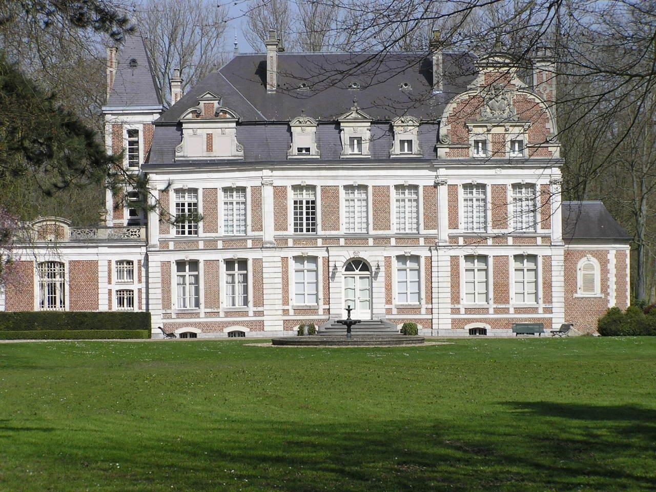 Chateau de lapree 1