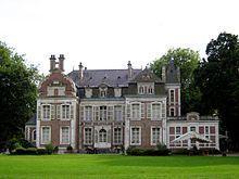 220px chateau de lapree arriere